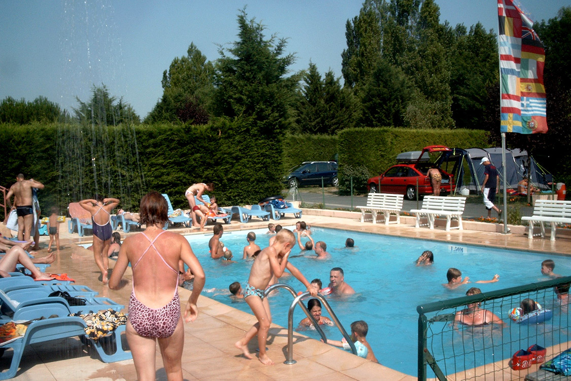 swimming pools and water park ¤ camping auvergne le clos auroy