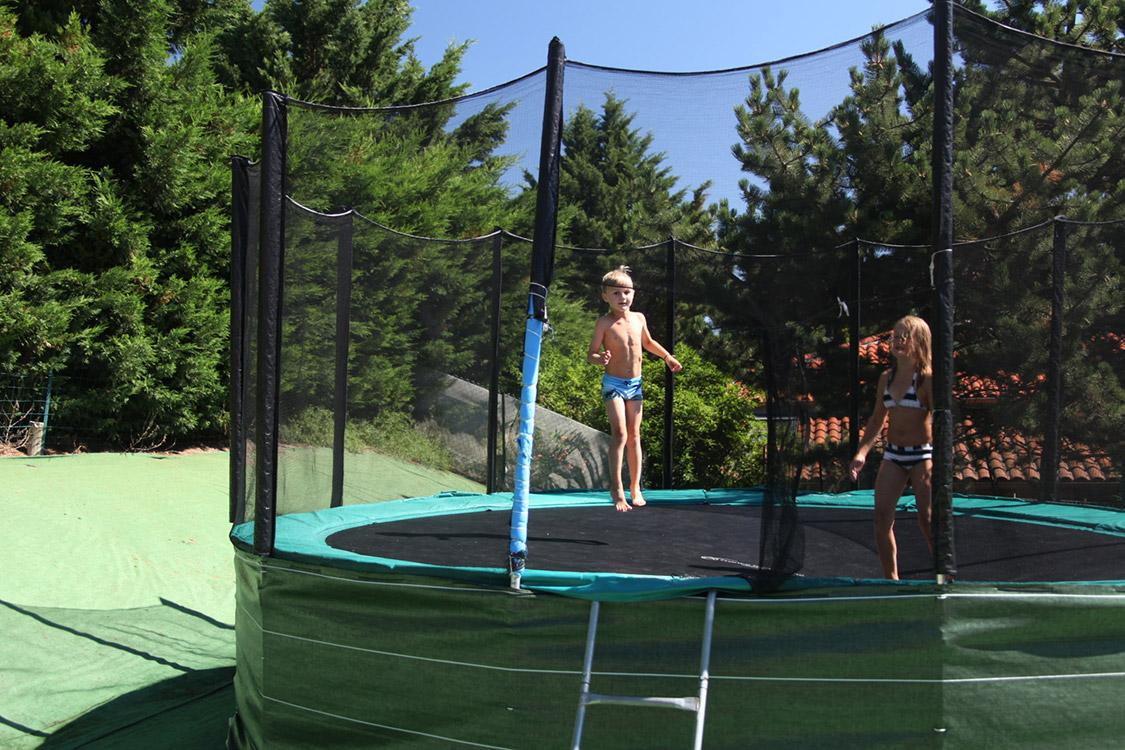 Camping auvergne avec piscine chauff e for Camping allier avec piscine