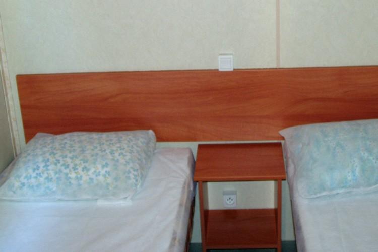 Chambre lits jumeaux mobilhome Watipi