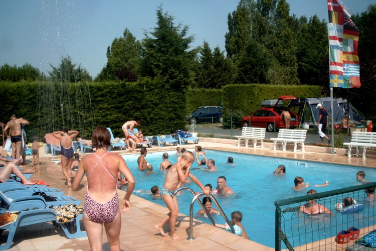 Heated outdoor swimming pools